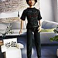 01 Aidan en jean noir & tshirt