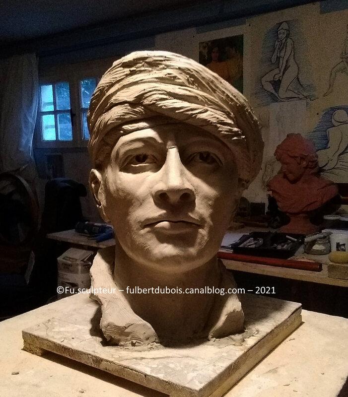 Fu sculpteur artiste sculpture art création figuratif buste turban argile modelage terre 7