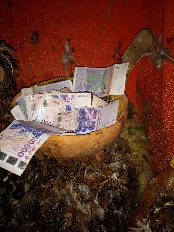 la calebasse d'argent magique du grand Maître Marabout CHANGO (2)
