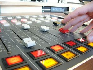 table de mixage radio