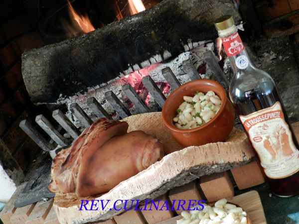 Jarret de porc laqué à la trouspinette, mogettes crème d'ail 1
