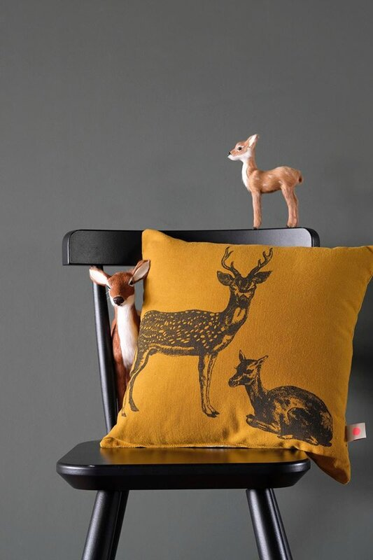 coussin 28 bambi scene
