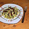 Salade de blettes à l'ail et noisettes