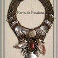 Bijoux brodés et dentelle de perles