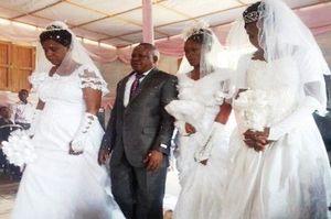 Un_mariage_polygame_en_Afrique