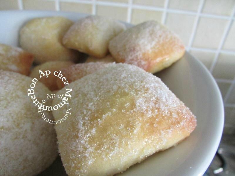 gâteaux beignets briochés au four 010