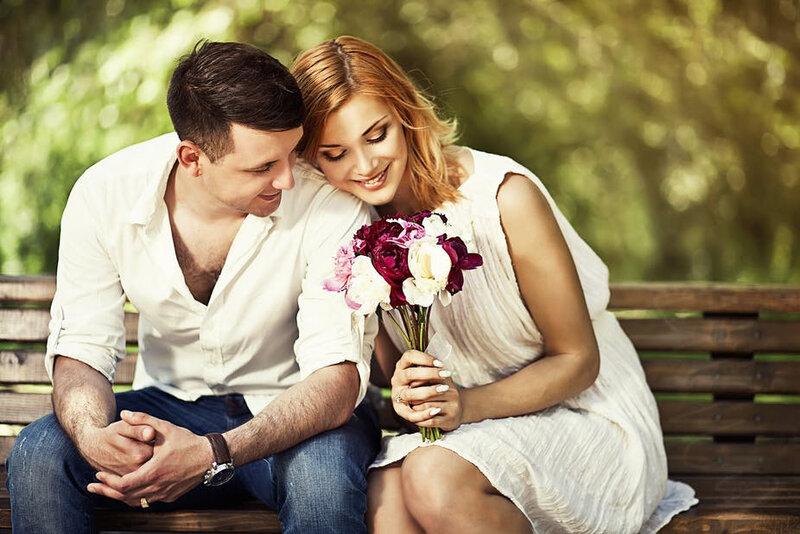 MAGIE BLANCHE AVEC CHEVEUX DE L'ETRE AIME rituel pour réconcilier un couple voyant compétent DONWARI JEAN