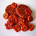lot-de-13-boutons-mosaique-jaune-rouge-blog
