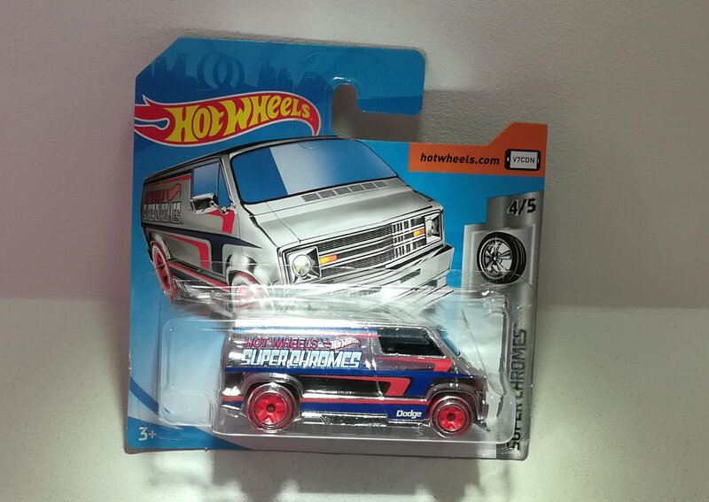 Dodge Van Custom de 1977 (Hotwheels)