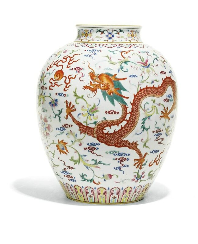 A fine Famille-rose 'Dragon and Phoenix' jar, Jiaqing seal mark and period