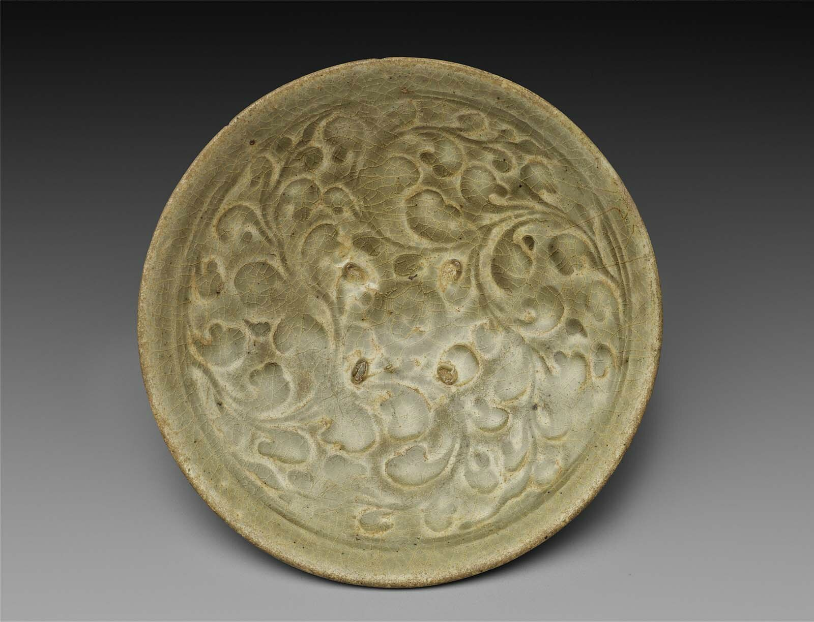 Dish, Vietnam, Ly-Tran Dynasty, 12th–14th century