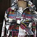 Ciré imprimé couverture de magazine de mode fermé par noeud sur la poitrine (4)