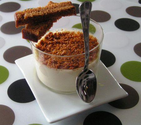 panna cotta avec blancs d'oeufs à la vanille et aux éclats de caramel (7)