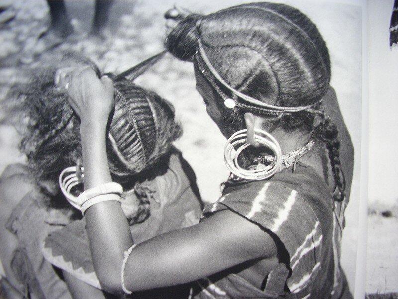 Les Coiffures Africaines Un Lointain Heritage Le Bric A Brac De