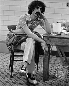 Frank_Zappa_pictures_1973_RZ_3111_027_l
