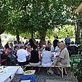 Le mas du pilou a accueilli les participants au 6e repas de la fraternite
