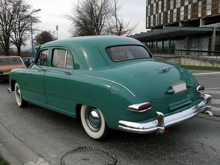 KAISER Special Traveler Utility 4door Sedan 1949 a 1950 salon champenois du véhicule de collection de Reims 2011 2