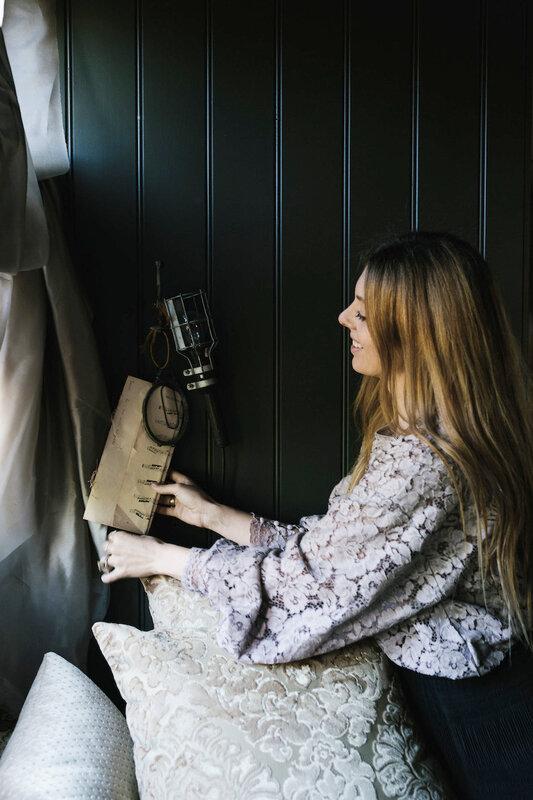 10-Sarah-Andrews'-in-The-Nuns-Room-Her-Shack-in-Western-Australia-DesignSponge