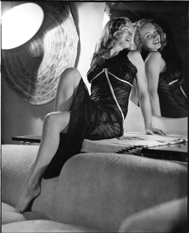 1947-by_earl_moran-mirror-1-1