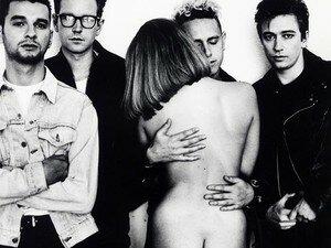 depeche_mode_10_500_375_Anton_Corbijn___Mute_Records