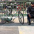 vélo, métro, homme chapeau_4900