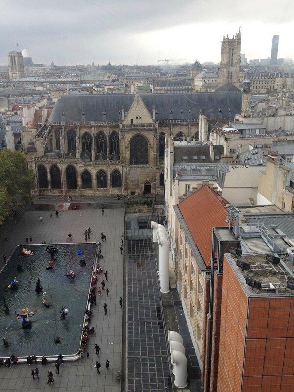 Centre Georges Pompidou-Beaubourg-vue des toits