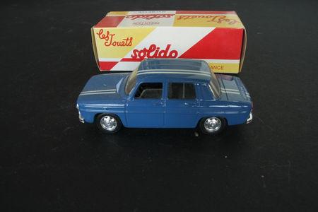 3_Renault_8_Gordini_01