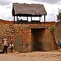 La Porte en Pierre d'Ambohimanga en 2005