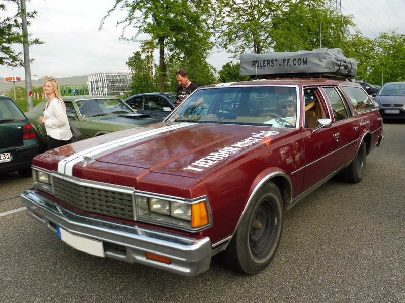 CHEVROLET Caprice Classic 4door Station Wagon Offenbourg (1)