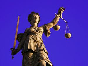 statue_de_la_justice_940x705