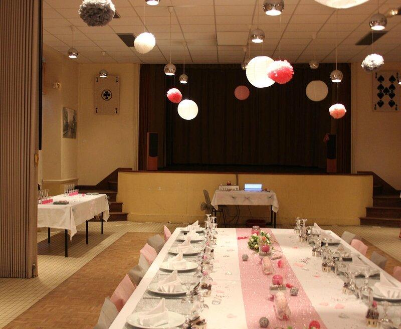 Table de mariage rose et gris