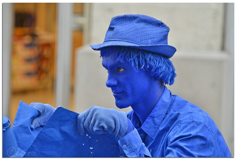 Avignon_homme_bleu