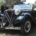 Citroen traction cabriolet 01