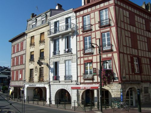 Bayonne-architecture traditionnelle