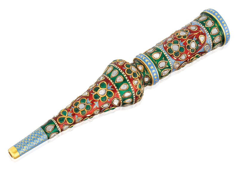 2019_CKS_17178_0092_000(an_enamelled_and_gem_set_huqqa_mouthpiece_jaipur_north_india_1800-1850)