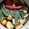 Eucalyptus et elderberry jelly ou gelée eucalyptus et baies de sureau ou gelée anti rhume.