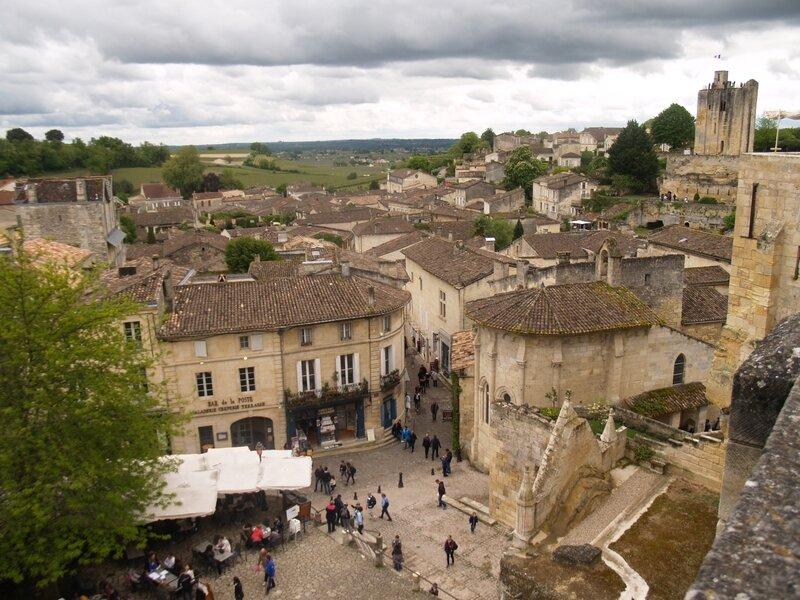 Saint émilion -La Place du Marché-