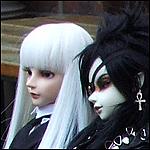 a_duo_poup_es_gothiques