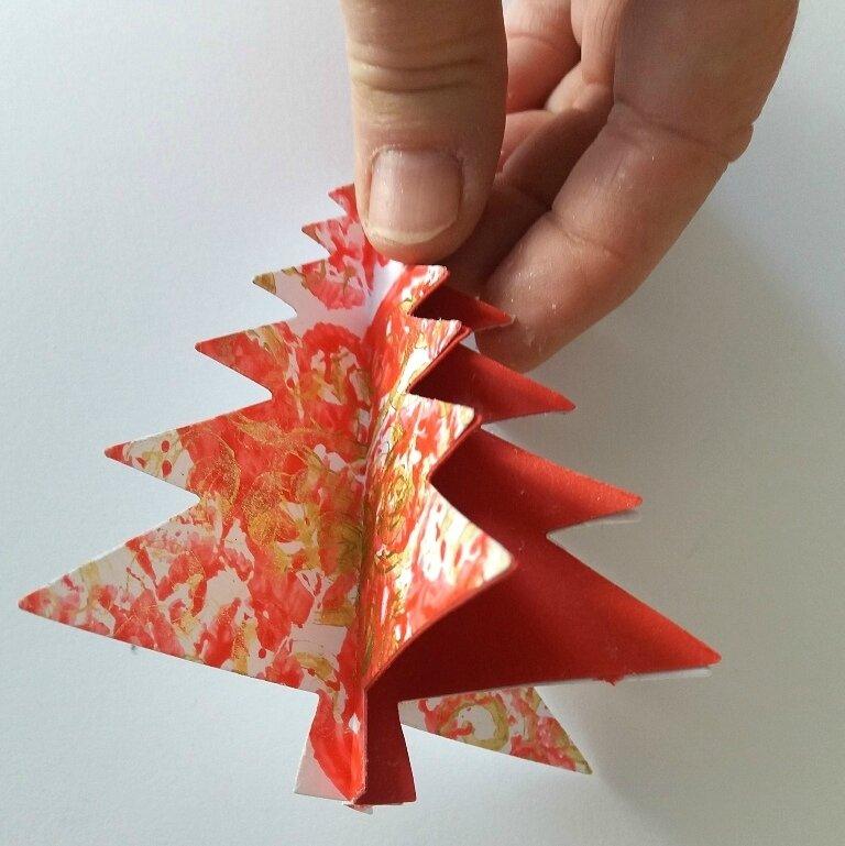 282_Noël et Nouvel an_Carte ou calendrier rouge et or (36)