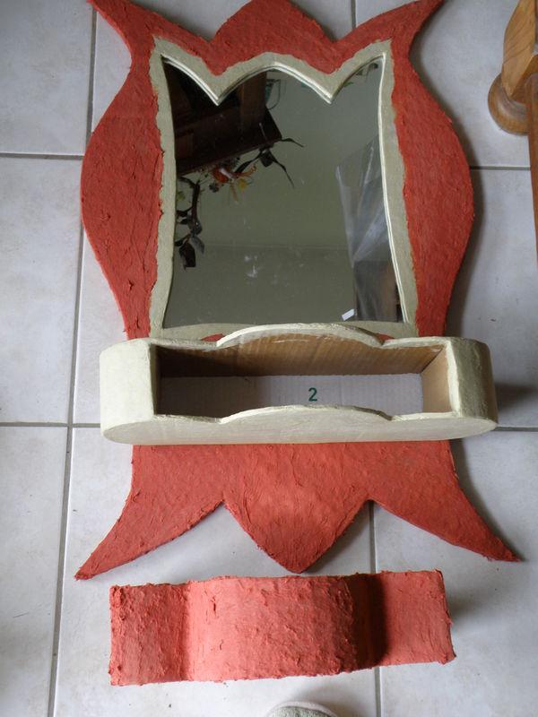 Miroir avec tiroir