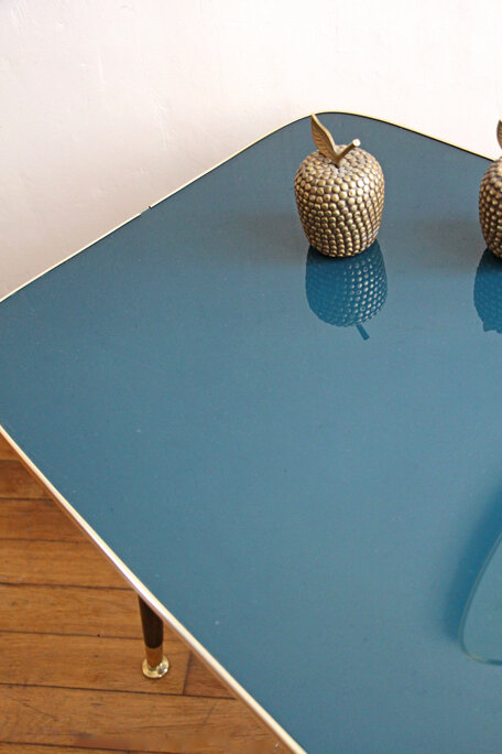 table-basse-annees-50-vintage-vert-emeraude-plateau