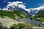 thumb_Un_joli_petit_lac_de_montagne_-_le_lac_de_la_Flegere