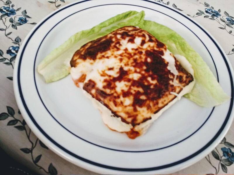 Lasagnes au poulet aux aubergines et feta
