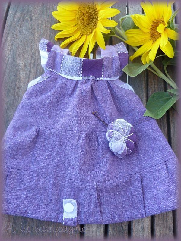 Appoline violette en robe