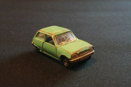 871_Renault 5_04
