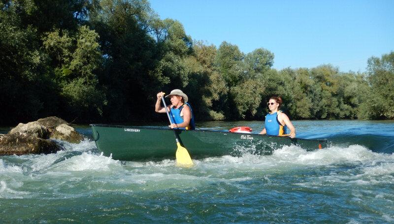 Eva et Muriel dans le rapide du Fou