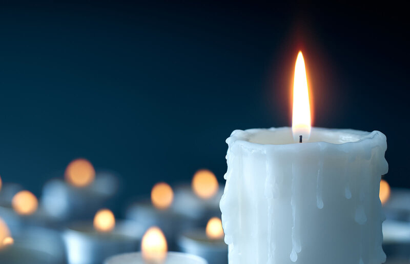 257384-1600x1030-white-candle-magic-spells