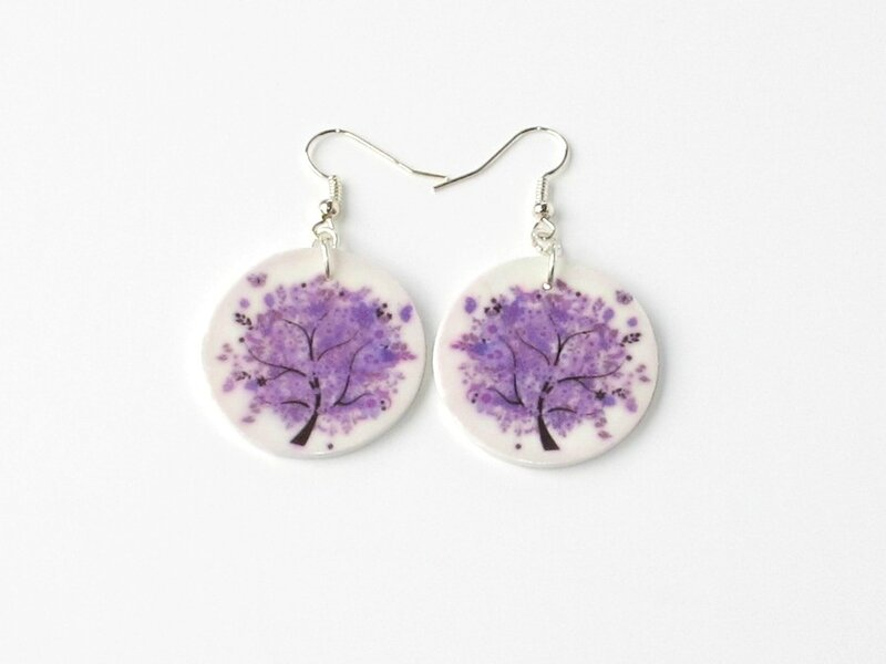 boucles d'oreilles fimo rondes arbre violet