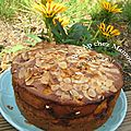 Gâteau aux fruits variés et à la crème fraîche