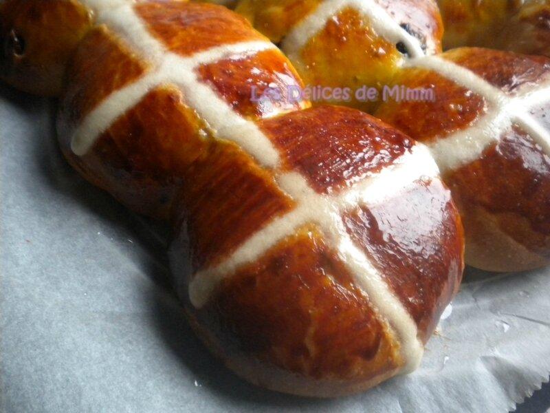 Hot cross buns (petites brioches de Pâques) 3